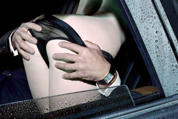 posturas-coche-7-placeres-capitales-blog
